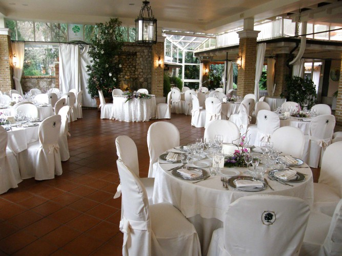 Il giardino dei tigli luxury villa cervinara avellino for Il giardini