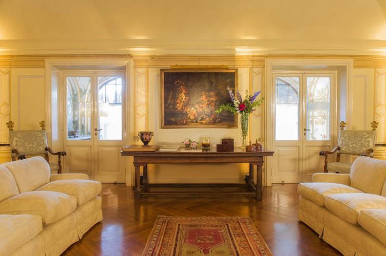 Relais appia antica villa roma lazio matrimoni e for Arredamento mobili roma