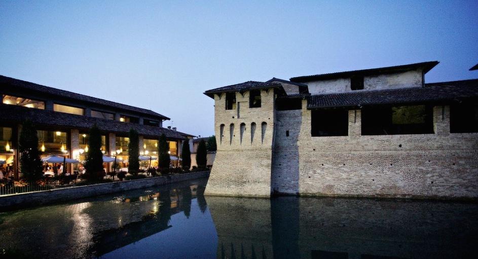 Matrimonio In Lombardia : Al castello di pagazzano la corte berghemina dimora