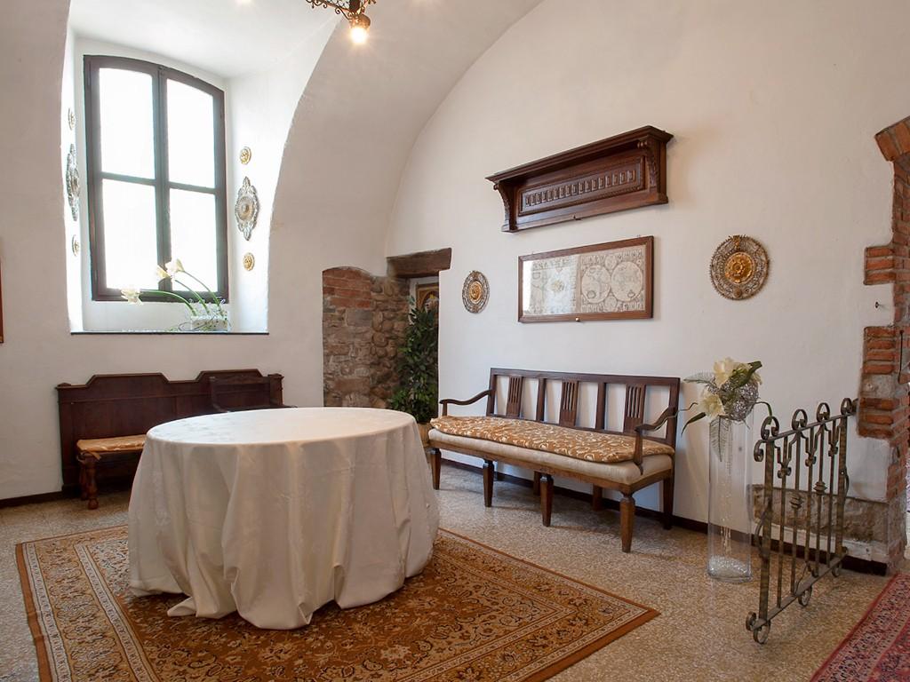 Castello della marigolda castello curno bergamo for Sale arredate