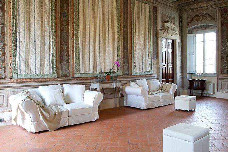 Palazzo novello ancient palace montichiari brescia for Interno 4 montichiari