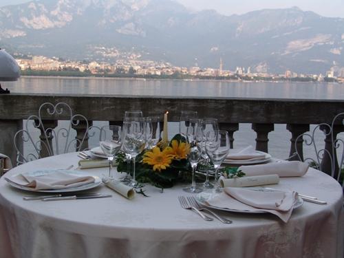 AL TERRAZZO RISTORANTE HOTEL - Villa Valmadrera (Lecco) Lombardia ...