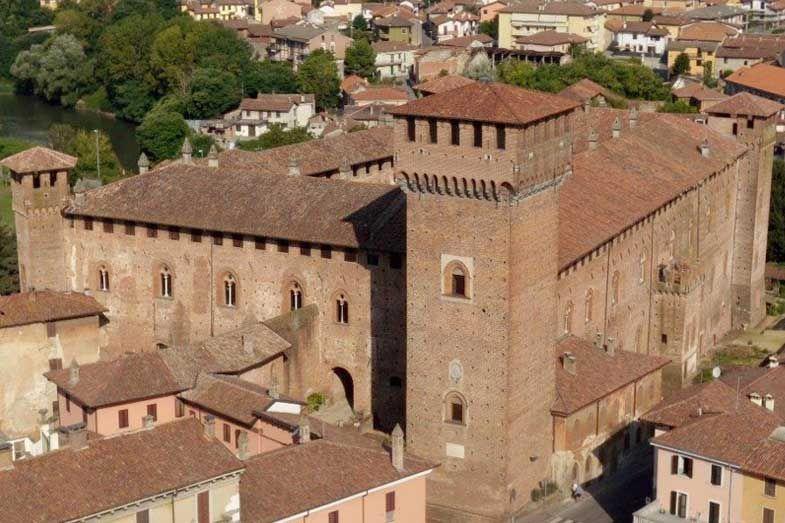 Castello bolognini castello sant 39 angelo lodigiano lodi - Piscina s angelo lodigiano ...
