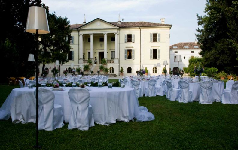 Wedding at villa di bagno intimate love memories