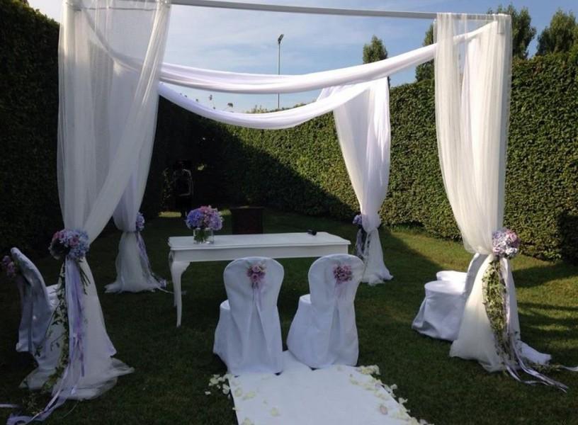 Fotografo di matrimonio mantova all aperto a villa di bagno