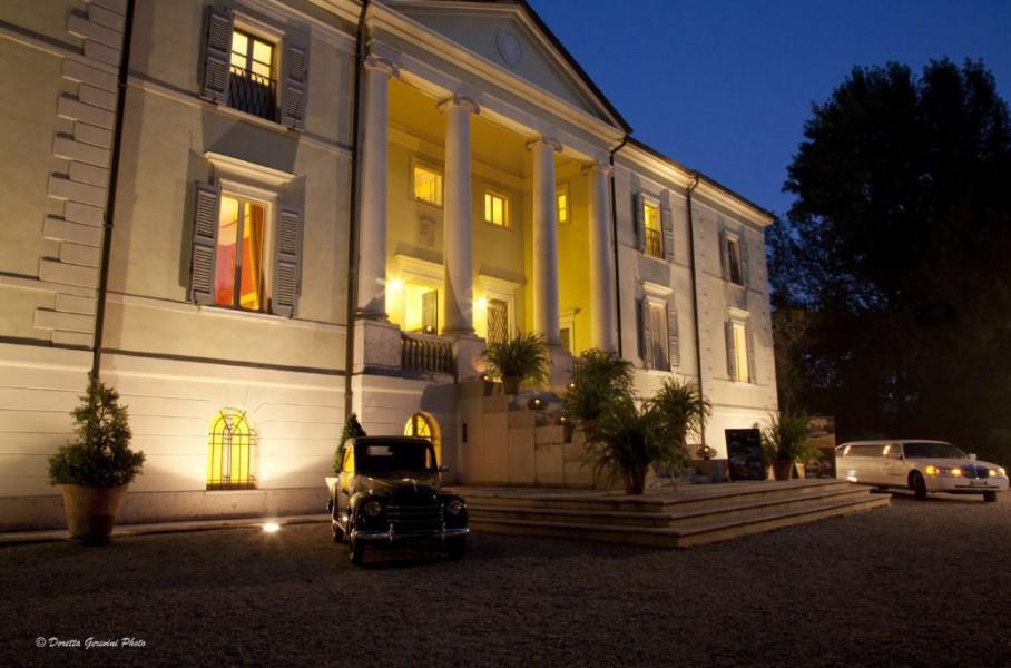 VILLA DI BAGNO - Villa Bancole, Porto Mantovano (Mantova ...