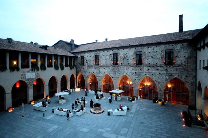 Matrimonio In Lombardia : Castello visconteo cassano d adda milano