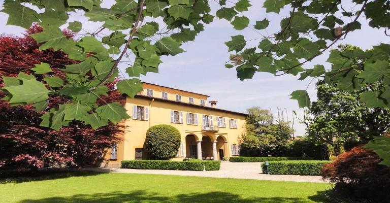 Residenze d 39 epoca dimore storiche ville castelli e for Lago villa del conte