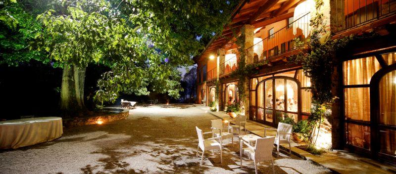 Location Matrimonio Rustico Lombardia : Tenuta la quassa antico casale ispra varese lombardia