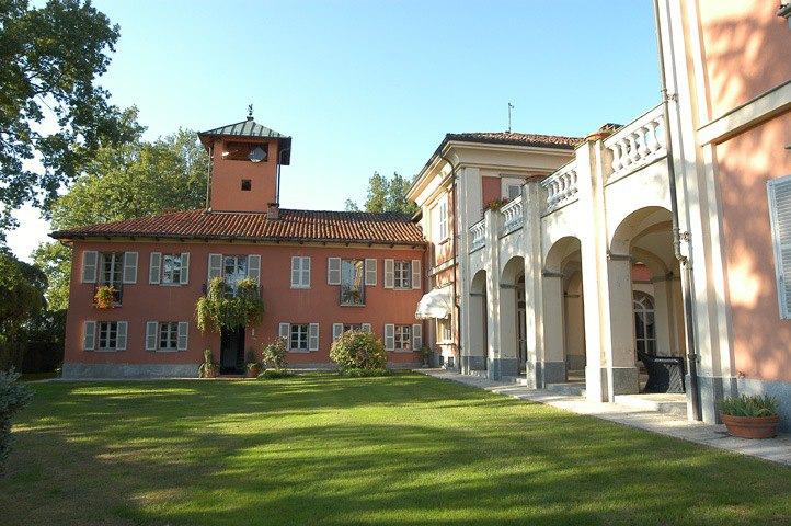 Castello Di Villa D Asti