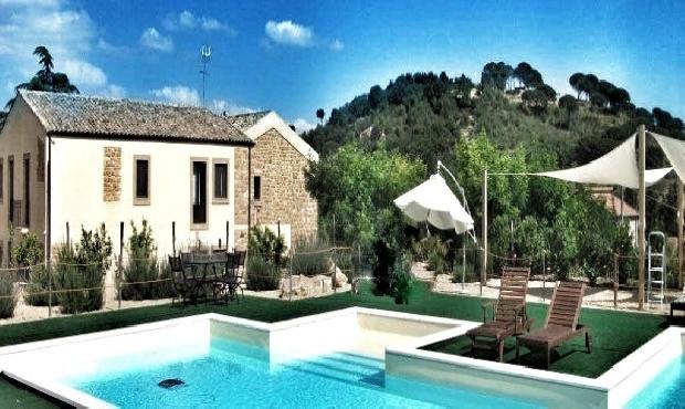Ville caltagirone for Villa isabella caltanissetta