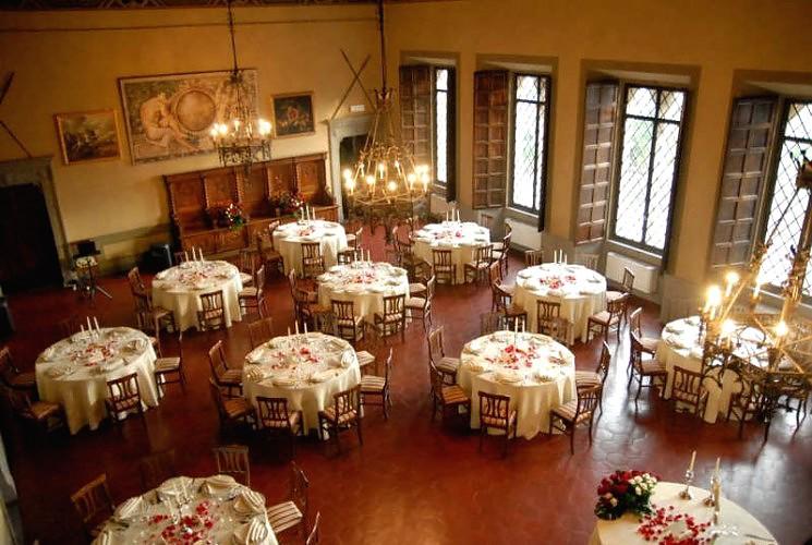 Matrimoni Toscana Location : Castello di valenzano subbiano arezzo toscana