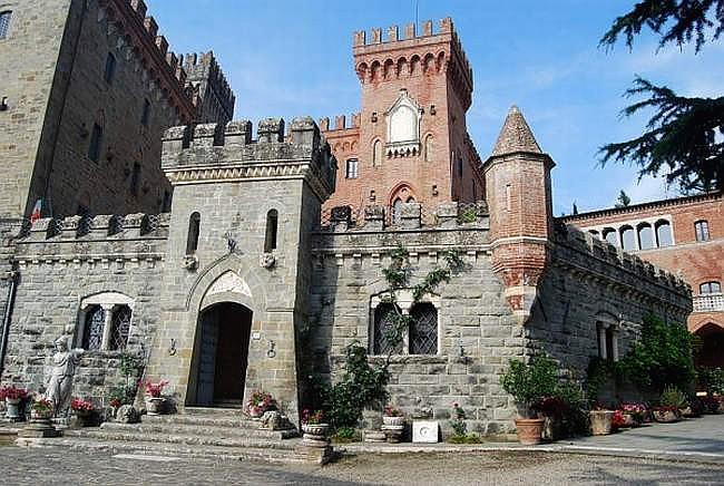 Castello Di Valenzano Castle Subbiano Arezzo Tuscany