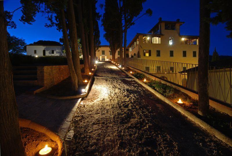 Matrimoni Vip Toscana : Fattoria di calappiano residenza d epoca vinci firenze