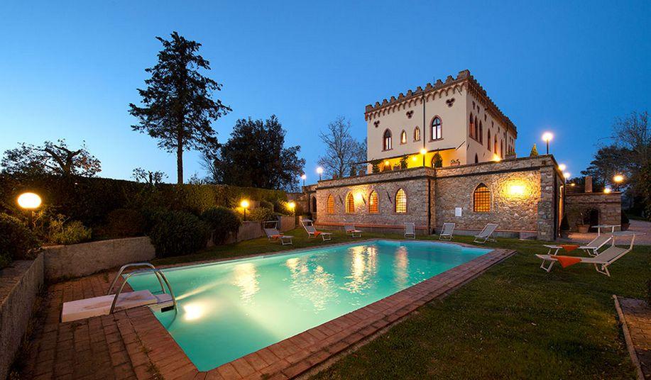 Matrimoni Toscana Location : Villa ricrio castello guardistallo pisa toscana