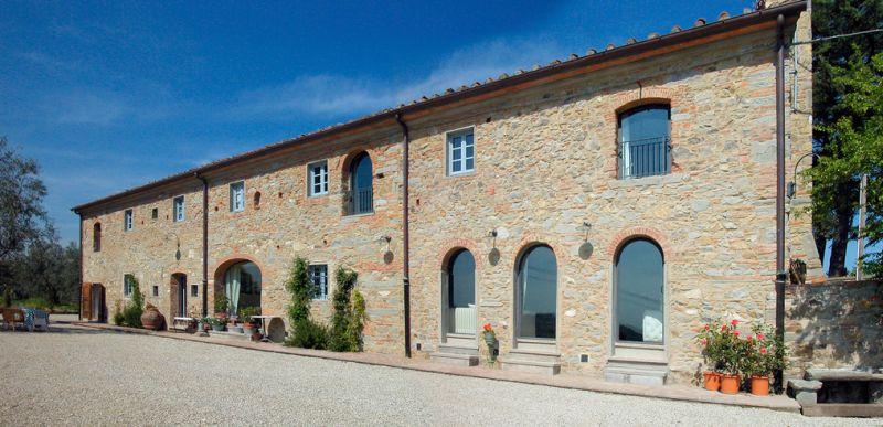 Matrimonio Civile Location Toscana : Fattoria la serra antico casale carmignano