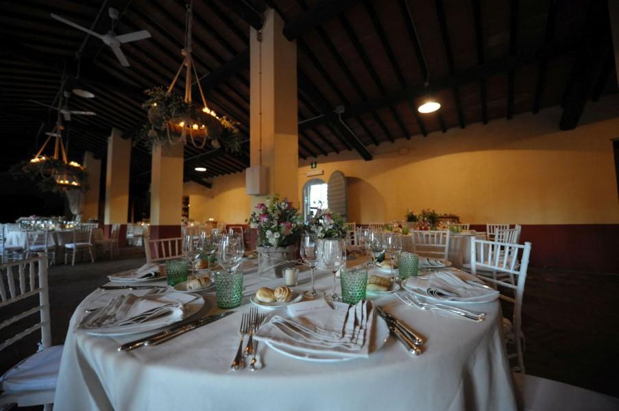 Tenuta Matrimonio Toscana : Capezzana conti contini bonaccorsi residenza di campagna
