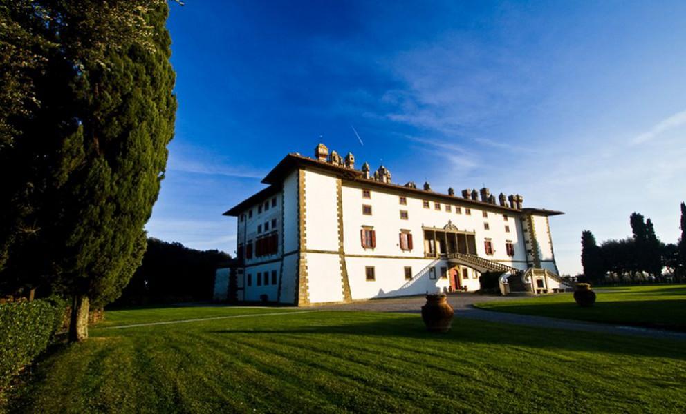 Matrimoni Vip Toscana : Villa la ferdinanda artimino carmignano prato