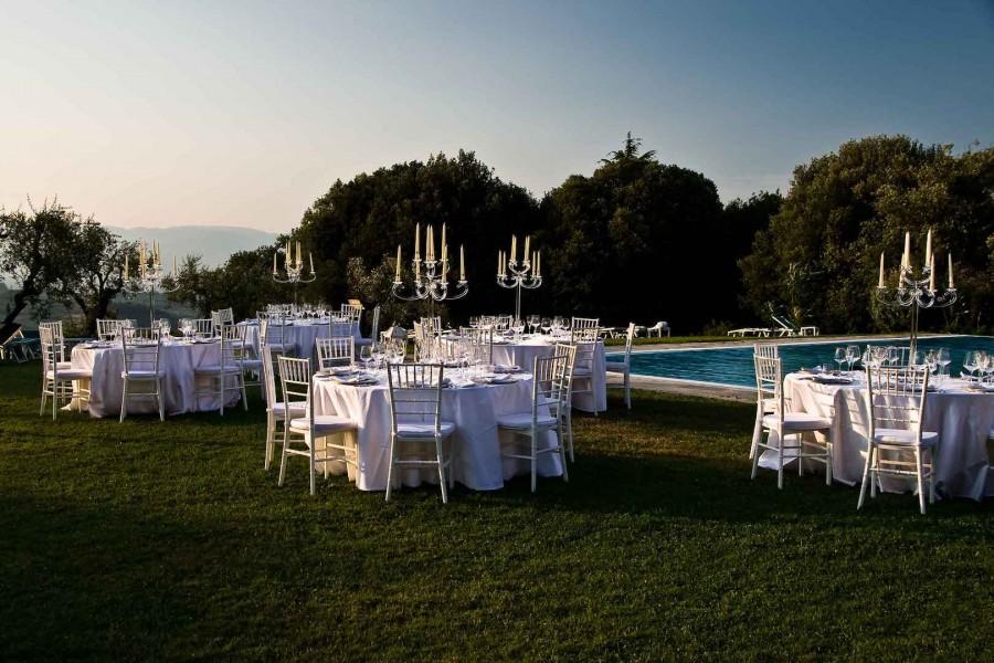 Villa la ferdinanda villa artimino carmignano prato for Addobbi piscina per matrimonio