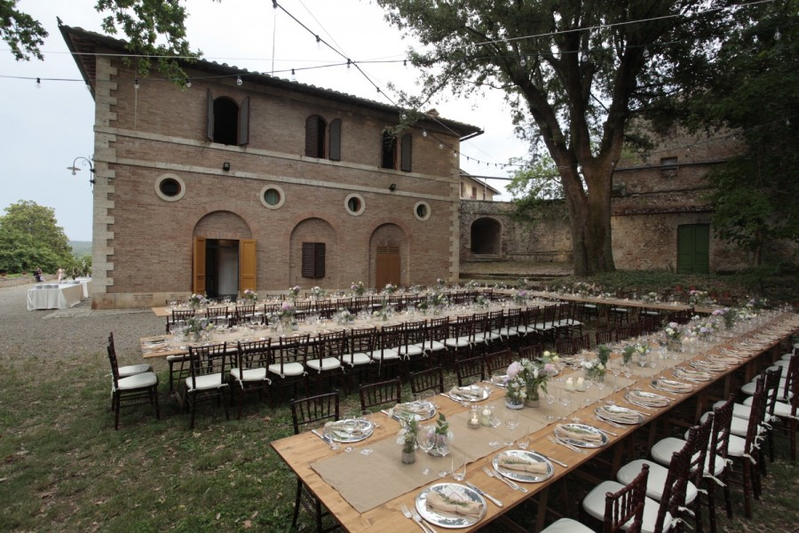 Posti Matrimonio Toscana : Bichi borghesi dimora storica monteriggioni casole d