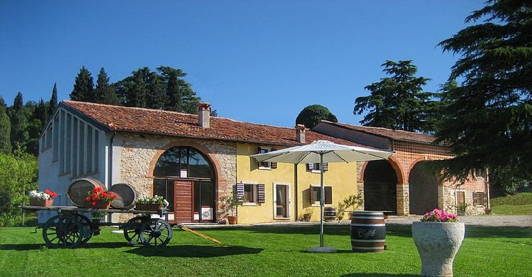 Matrimonio Rustico Veneto : Matrimonio in antico casale verona ricevimento in antichi casali